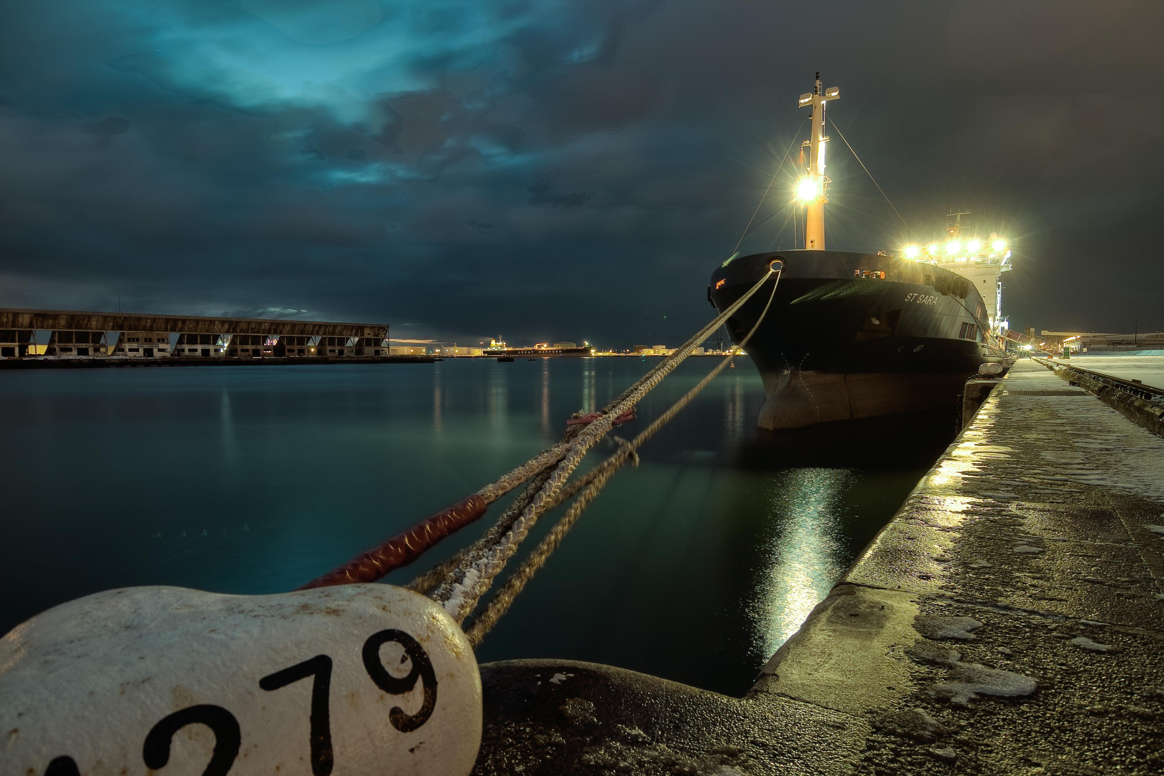 Sur le port du #Havre #LH